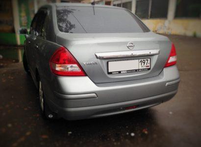 Ниссан тиида 2011 седан серый багажник. ДП-АВТО.РУ