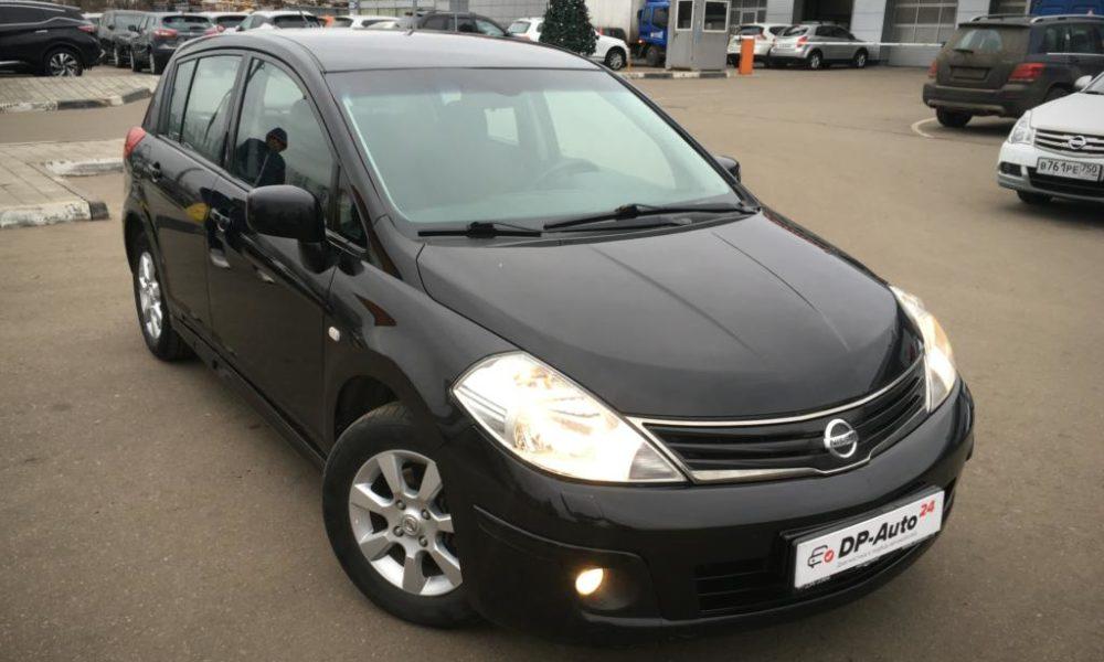 Nissan Tiida black подбор Nissan авто в Москве