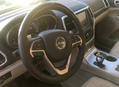 Jeep Grand Cherokee 2015 белый салон overland