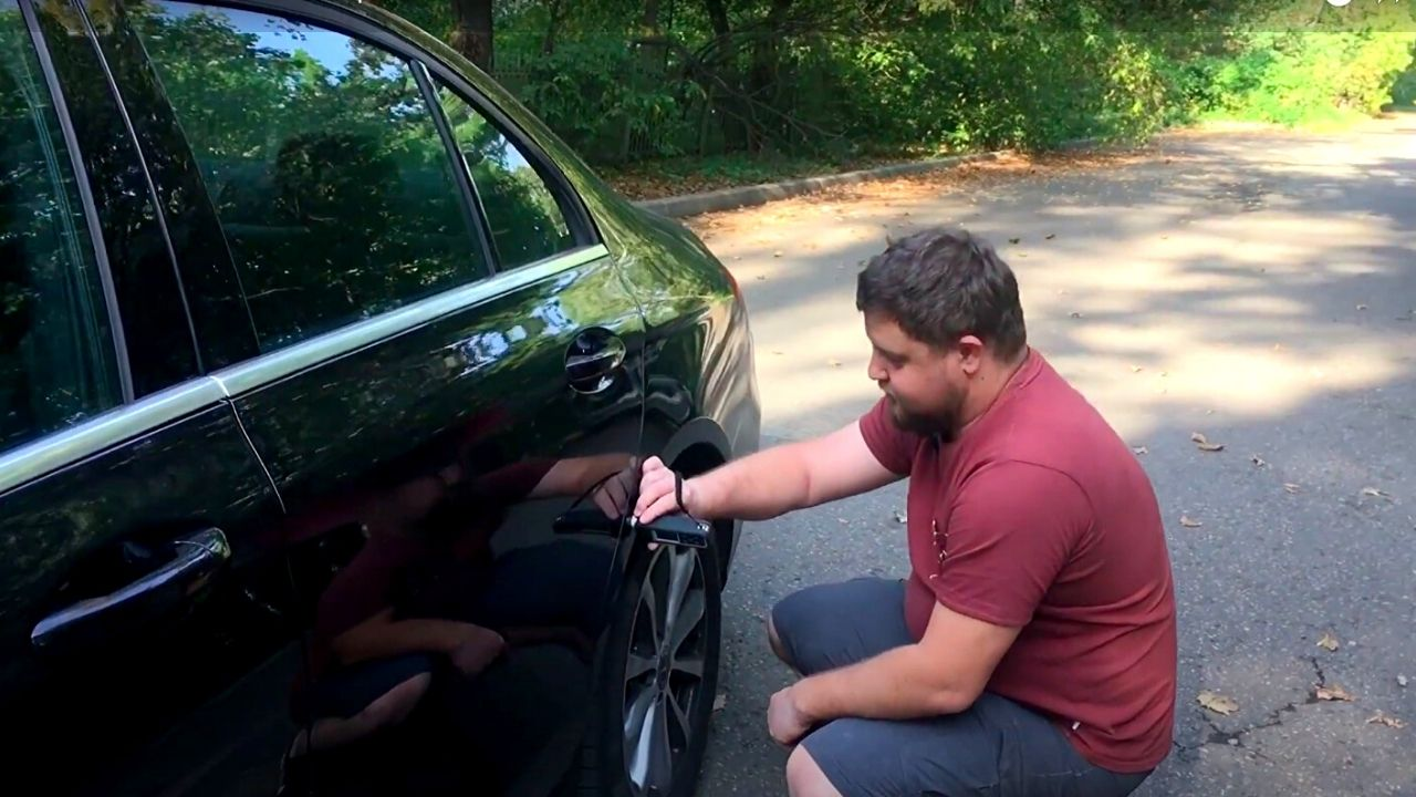 как пользоваться толщиномером лкп автомобиля